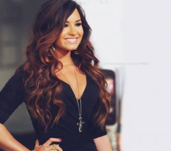 Demi Lovato- Skyscraper