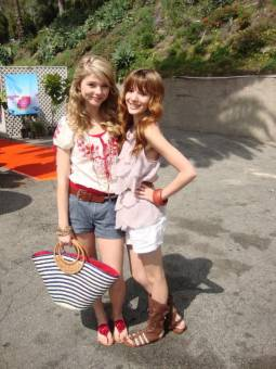 Bella y Stefanie 3.