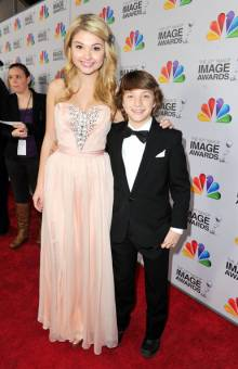 Stefanie Scott y Jake Short
