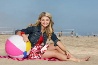 en la playa una diosa
