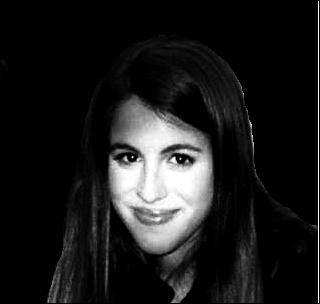Laura Natalia Esquivel (teñida)