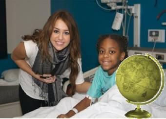 Artista mas Caritativo del Año-(Miley Cyrus)