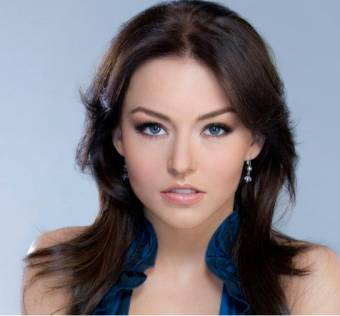ANGELIQUE BOYER MUÑECA DE TELEVISA