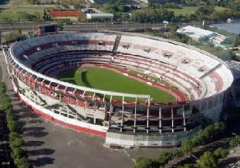 EL MONUMENTAL ( RIVER PLATE )