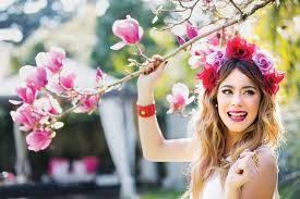 Tinistas tijni es talentosa linda muy buena no le teme al bosque de anis