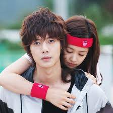 KIM HYUN JOONG Y JUNG SO MIN