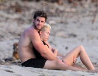 Miley Cyrus y Liam Hemsworth (pareja)