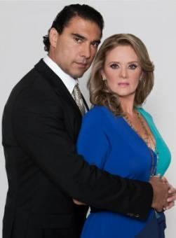 Erika Buenfil y Eduardo Yañez - Amores Verdaderos