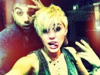 Miley Cyrus es hermosa hasta con el pelo co**o.