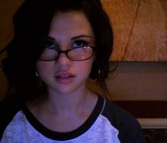 Selena33_33.