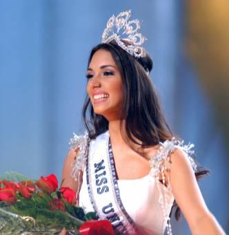 Amelia Vega Miss Universo 2003