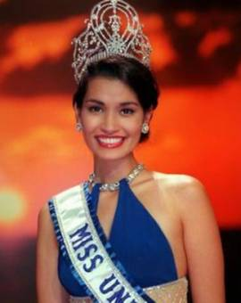 Brook Lee Miss Universo 1997