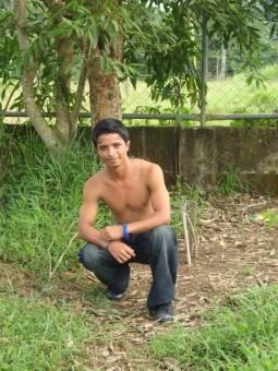 Victor Gonzalez Moore IV A (17 años)