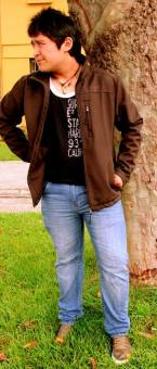 Ricardo Lara, 18 a�os. Soltero