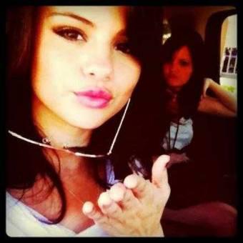 Selena Gomez, Monte Carlo - Grace,Cordelia
