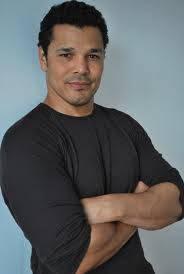 Mason Makoola--Geno segers--36 años