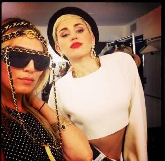Miley_Fan (Diosa,elegante Genia,Hermosaaaa).