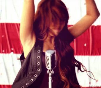 Porque sus canciones son lo m�s!!!!.