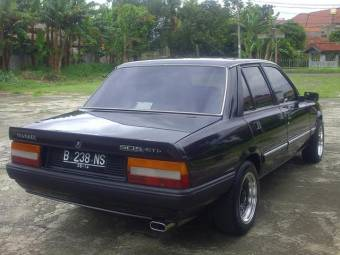 PEUGEOT 505 GTI  (1988)