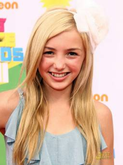 Emma Ross--Peyton List--14 años