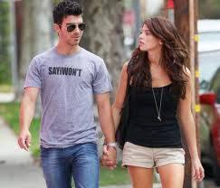 Joe Jonas y Ashley Greene. (Ya fueron pareja y sinceramente quedan muy bien juntos)