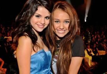 Odian a Miley y a Selena por feas, no es justo las dos son re-lindas