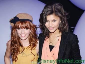 Que si Zendaya es una fea negra, Zendaya es de California y si no me creen busquenla en wikipedia, que si Bella tiene nariz palo, nadie es perfecto y además yo creo que su nariz es muy mona