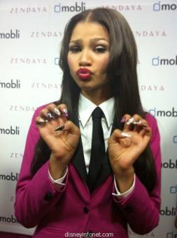 Zendaya parece una bruja