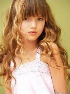 porque desde pequeña era guapa no como zendaya que era fea