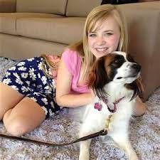 por tener un perro y lo quiere mucho
