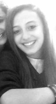 Por siempre tener una sonrisa (Vanesso una cara de o**o)