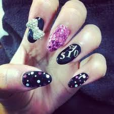 por tener las mejores uñas