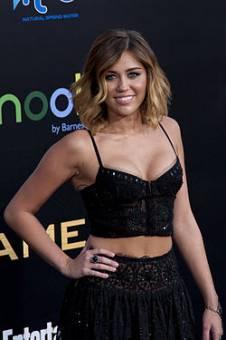 Miley:Bonita