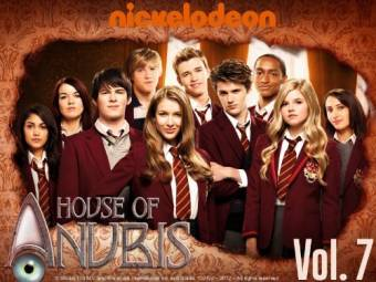 Nickelode�n - House Of Anubis.