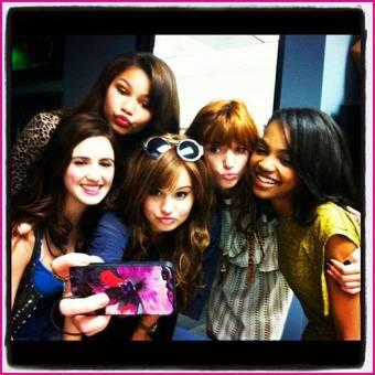 el grupo de las chicas disney