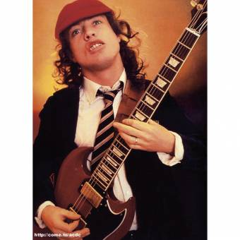 angus young -acdc