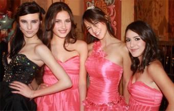 Leonora, Fanny, Renata y Tania