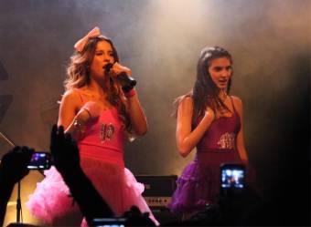 Paulina y Macarena/ Valentina y Leonora