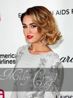 Miley Cyrus! Fans