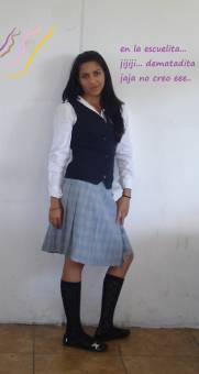 este es mi uniforme .... yoli