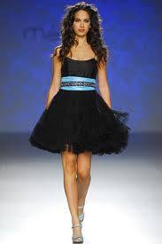 Co**o y color turquesa y negro.
