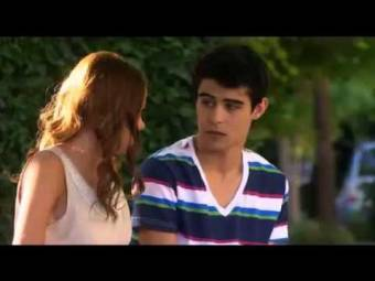 No Debe estar en Violetta 2!