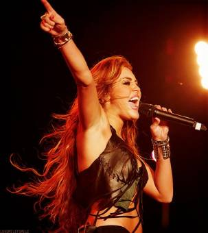 Miley Linda Cyrus ♥.