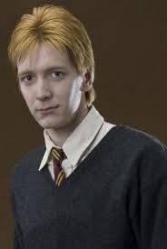George Weasley (Oliver Phelps)
