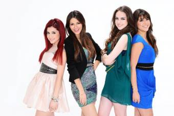 Daniella Monet, Victoria Justice , Elizabeth Gillies , Ariana Grande