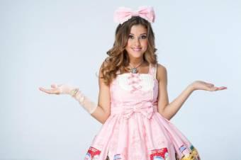 Valentina Contreras (Paulina Goto)