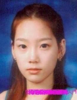 Taeyeon (Lider, 1era Vocalista Principal y Bailarina de apoyo)