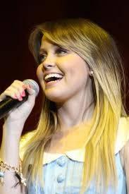 naty ... linda y talentosa