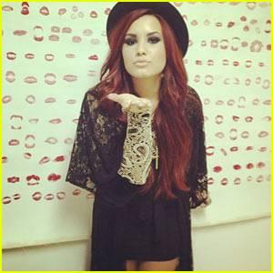 Demi Lovato :3