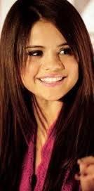 Selena Gomez ( Selenatika)